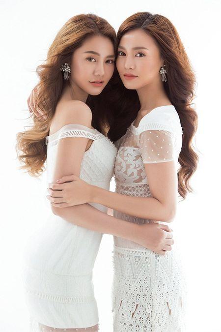 """Lan Ngoc, Linh Chi than thiet nhu chi em sau """"Gang tay do"""" - Anh 4"""
