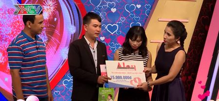 """Cuoc gap go cua co nang hay nhau va chang trai lam loi nhu """"ba tam"""" - Anh 4"""