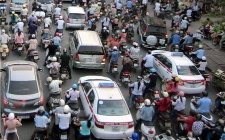 """Ha Noi chua the cam xe may 10 nam toi"" - Anh 1"