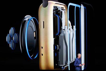 Cung bo doi iPhone 7, Apple ra mat dong ho Watch Series 2 - Anh 3