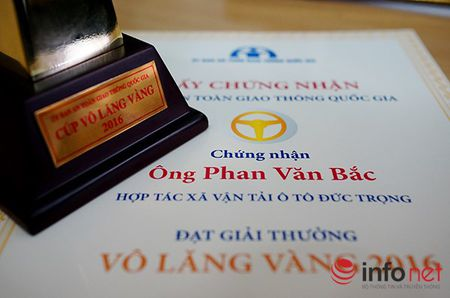 Phan Van Bac la truong hop dau tien duoc dac cach trao cup Vo lang Vang - Anh 1