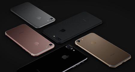 Cung chiem nguong bo doi iPhone 7, 7 Plus vua trinh lang. - Anh 1
