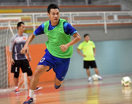 DT futsal VN duoc an ngon, tap sung truoc World Cup - Anh 5