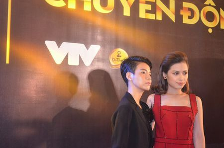 Dan sao Viet long lanh tai trao giai VTV Awards 2016 - Anh 16