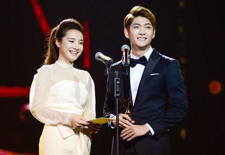Dan sao Viet long lanh tai trao giai VTV Awards 2016 - Anh 6