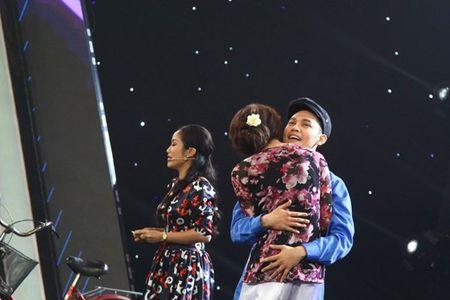 'Tuyet chieu sieu dien': Tien Luat - Thu Trang luc duc vi thi sinh gia gai - Anh 12