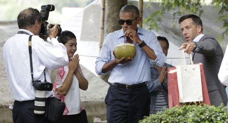 Tong thong Philippines gap ong Obama sau su co 'va mieng' - Anh 1