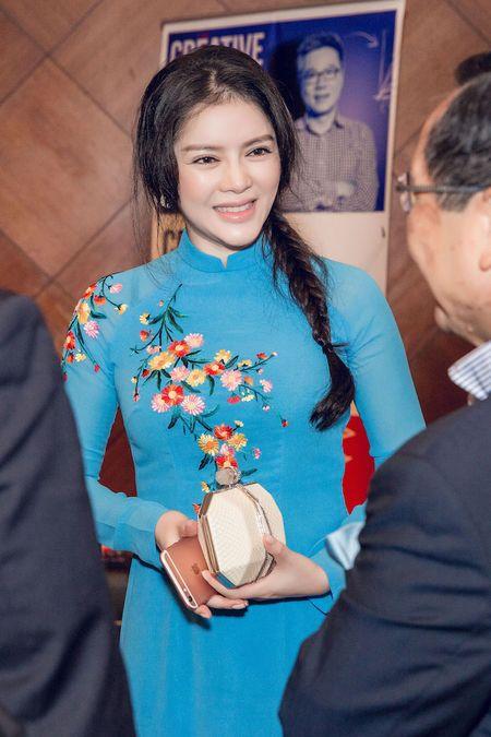 Ly Nha Ky mac ao dai duyen dang gap Tong thong Phap - Anh 3