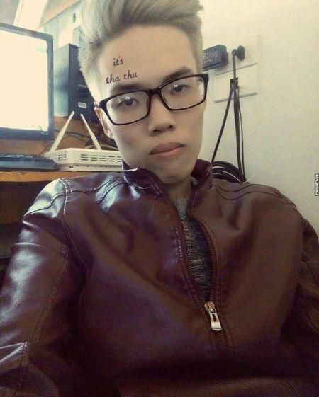 Gai xinh viet chu len nguc che nhao Son Tung M-TP - Anh 6