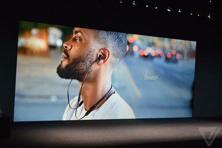 Loat tai nghe EarPods va AirPods moi cho iPhone 7 series - Anh 12
