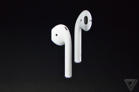 Loat tai nghe EarPods va AirPods moi cho iPhone 7 series - Anh 6