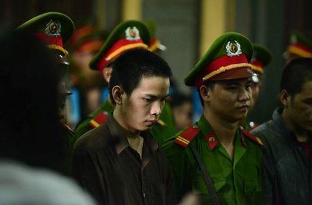 Tu tu vu tham sat Binh Phuoc lam don xin giam doc tham - Anh 1