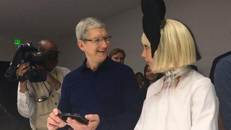 Dot pha bat ngo cua iPhone 7 va iPhone 7 plus - Anh 14