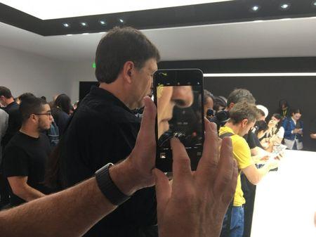 Dot pha bat ngo cua iPhone 7 va iPhone 7 plus - Anh 4