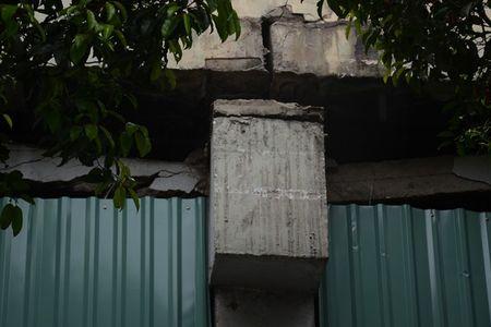 Tp.HCM: Gap rut sua chua cau vuot Nguyen Huu Canh - Anh 2