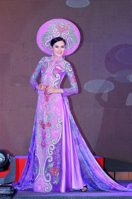 Kim Thoa bat ngo dang quang Hoa hau doanh nhan The gioi nguoi Viet 2016 - Anh 1