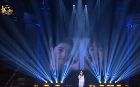 HOT: Song Joong Ki thua nhan nghi den Song Hye Kyo khi doat giai thuong lon - Anh 5