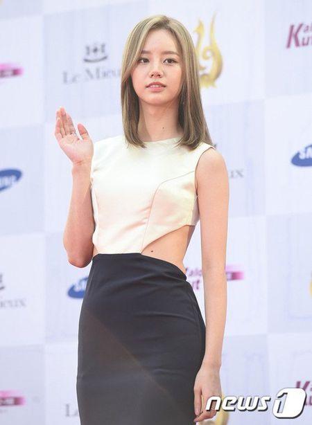 Song Joong Ki thua nhan san sang doi dau Park Bo Gum de gianh ban gai - Anh 5