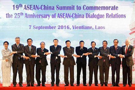 ASEAN va Trung Quoc cam ket kiem che o Bien Dong - Anh 1