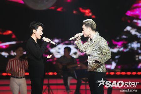 Son Tung M-TP trang tay, Vu Cat Tuong lan dau khoe hit moi toanh - Anh 5