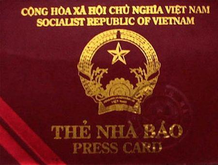 Dieu tra doi tuong nghi dung the nha bao gia qua mat CSGT - Anh 2