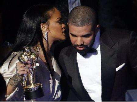 Ban trai tin don cua Rihanna bi trom trang suc gia 3 trieu USD - Anh 1