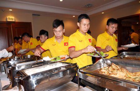 Tuyen futsal Viet Nam co dau bep rieng tai Colombia - Anh 1