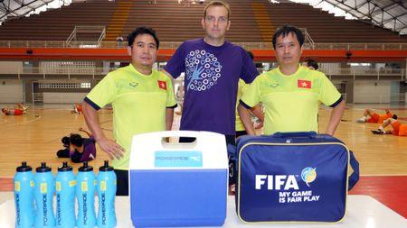 Tuyen futsal Viet Nam co dau bep rieng tai Colombia - Anh 6