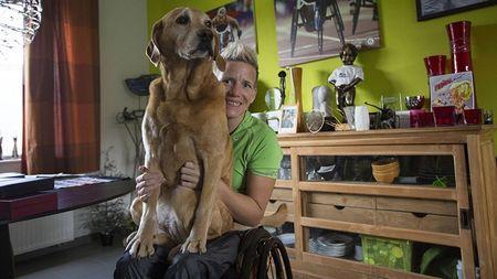 Paralympic: Cam dong nu VDV tranh tai truoc khi chet - Anh 1