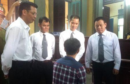 Vu 'con ruoi gia 500 trieu': Vo Van Minh den toa - Anh 3