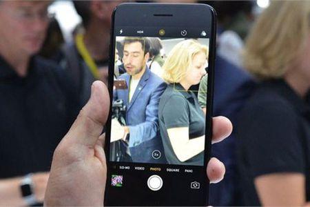 Clip trai nghiem dau tien ve iPhone 7, iPhone 7 Plus - Anh 1