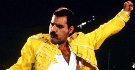 Ky niem 70 nam ngay sinh Freddie Mercury: Mot tai nang am nhac co khieu hai huoc - Anh 1