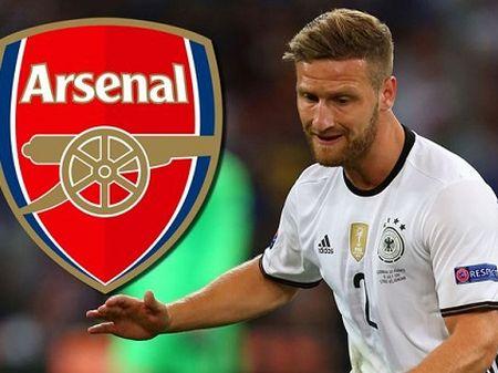 Shkodran Mustafi co moi thu ma Arsenal can - Anh 2