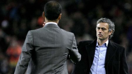 Nhung lan doi dau kinh dien cua Mourinho voi Pep Guardiola - Anh 3