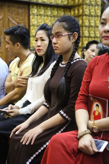 Sao Viet lam le cau an cho Minh Thuan dung ngay sinh nhat - Anh 5
