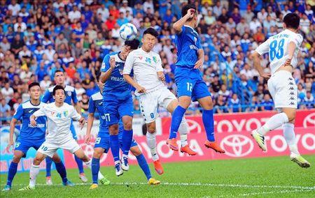 Ha Noi T&T gap kho ve luc luong o chuyen lam khach FLC Thanh Hoa - Anh 1