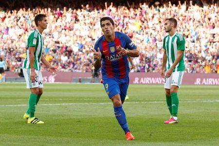 'Barca khong la gi neu khong co Suarez' - Anh 1