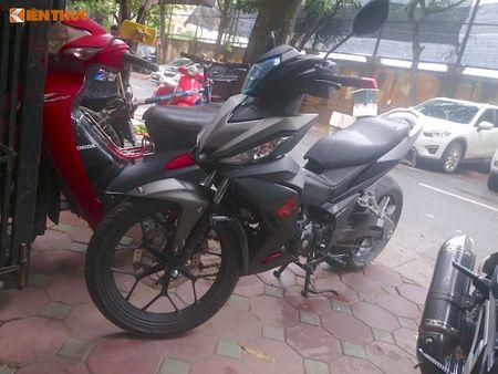 "Honda Winner do ""chan sau"" Ducati 899 Panigale tai Ha Noi - Anh 1"