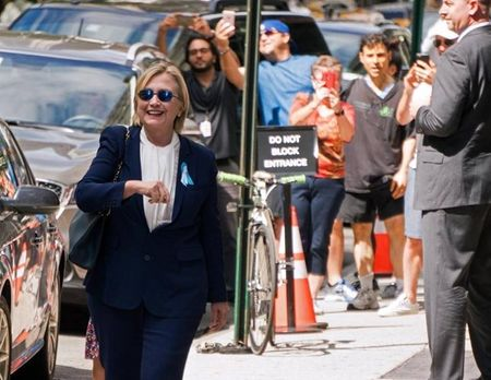 Bao tin don suc khoe cua ung vien Hillary Clinton - Anh 4