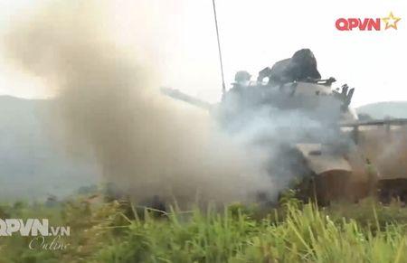 Muc so thi dan tang T-54 Viet Nam hung dung na phao - Anh 11