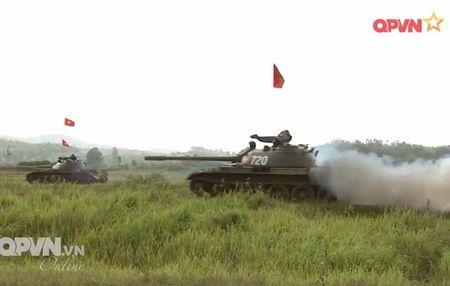 Muc so thi dan tang T-54 Viet Nam hung dung na phao - Anh 14