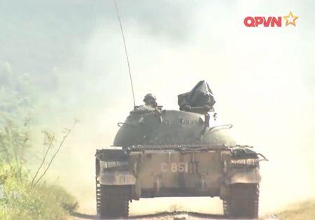 Muc so thi dan tang T-54 Viet Nam hung dung na phao - Anh 7