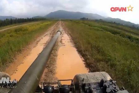 Muc so thi dan tang T-54 Viet Nam hung dung na phao - Anh 8