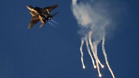 Syria xac nhan ban ha may bay Israel, phia Israel bac bo - Anh 1