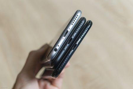So sanh 3 mau cua iPhone: Space Grey - Black - Jet Black, may mau Den khi tray se nhu the nao? - Anh 4