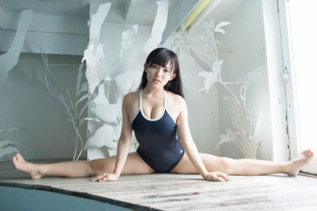 Co gai Nhat cao 1m48 nhung lai co so do vong nguc gan 1m - Anh 9