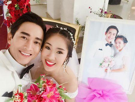 Hai con Hong Nhung thich thu kham pha cong viec lam vuon - Anh 14