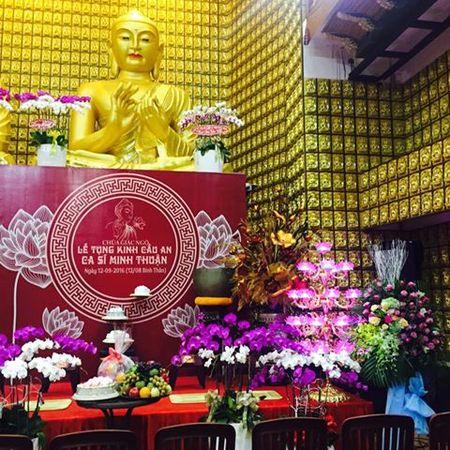Gia dinh Minh Thuan gui thu cam on sau le cau an - Anh 1