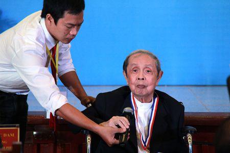 GS Hoang Thuy Nguyen: Nguoi dau tien dua cong nghe san xuat vaccine ve Viet Nam - Anh 1
