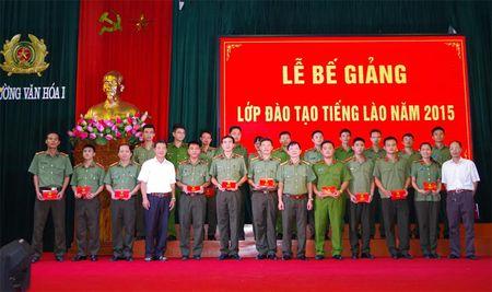 Truong Van hoa I - Bo Cong an to chuc Be giang lop dao tao tieng Lao - Anh 1